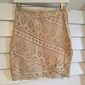 H&M beige eyelet bias hem mini skirt